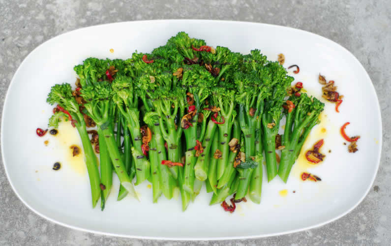Chargrilled broccoli with Newgrange Gold Chilli & Garlic Rapeseed Oil